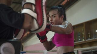 Programme TV Boxe Thaï : sur quelle chaîne suivre le combat entre le champion de France Akram Hamidi et la boxeuse transgenre Nong Rose ?