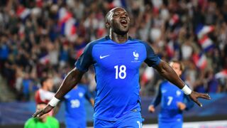 Équipe de France : Dimitri Payet et Moussa Sissoko de retour, Layvin Kurzawa appelé malgré la polémique