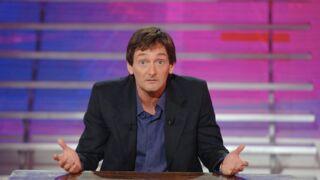 """Pierre Palmade : l'humoriste """"agacé"""" par la """"question de la différence d'âge dans le couple"""""""