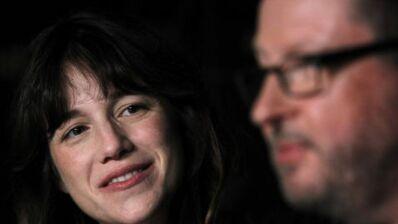Harcèlement sexuel : Charlotte Gainsbourg prend la défense de Lars Von Trier (VIDEO)