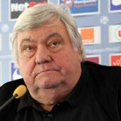 Pierre Ménès, Laure Boulleau, Nikola Karabatic... le monde du sport rend hommage à Louis Nicollin