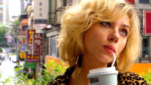 Scarlett Johansson : la blonde sexy qui affole la France (PHOTOS)