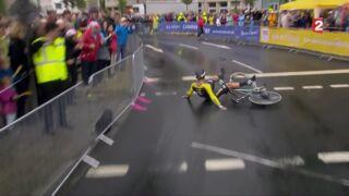 Première chute du Tour de France 2017 :  un début glissant pour les coureurs (VIDEO)