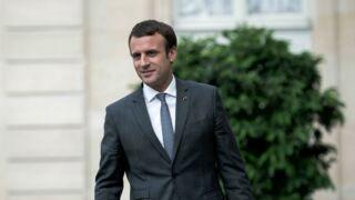 Emmanuel Macron a fait un petit match face aux joueurs de l'OM et il a du style ! (PHOTOS)