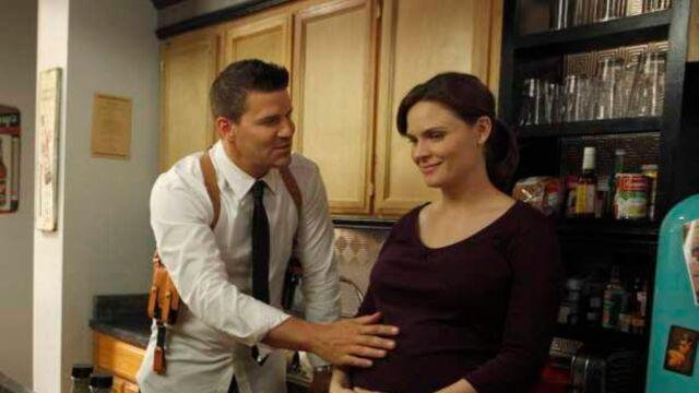 Bones : la deuxième grossesse d'Emily Deschanel sera-t-elle intégrée à la série ?
