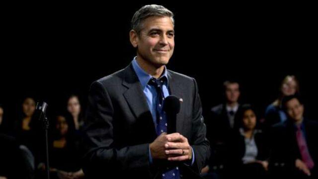 En colère, George Clooney prend la défense de sa fiancée