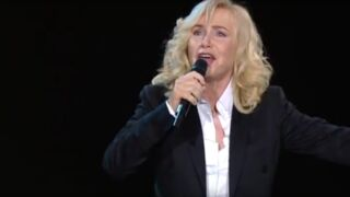 Michèle Torr : la chanteuse annule ses concerts pour se faire opérer du cœur