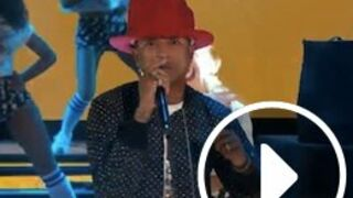 Pharrell Williams assure le show aux NBA All Star Game 2014 (video)