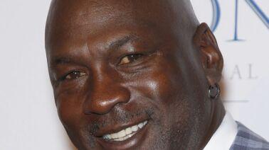 check-out 69b4a 3ef0a Que devient l'ancien basketteur Michael Jordan ?