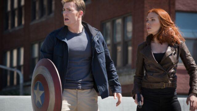 Chris Evans (Captain America) officialise la grossesse de Scarlett Johansson
