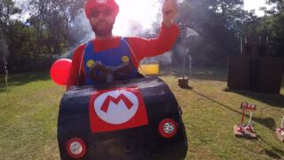 Ils refont Mario Kart dans la vraie vie (et c'est TRÈS réussi)... Le Zapping Web