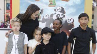 Angelina Jolie pose fièrement avec ses enfants à l'avant-première de Kung Fu Panda 3 (10 PHOTOS)