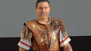 Première photo de George Clooney en costume de Jules César pour les frères Coen (PHOTO)