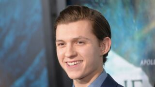 Dans son costume de Spider-Man, Tom Holland rencontre des enfants hospitalisés (PHOTO)