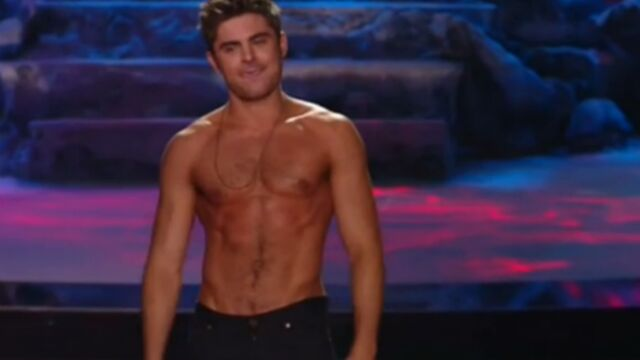 Zac Efron torse nu aux MTV Movie Awards (VIDEO)