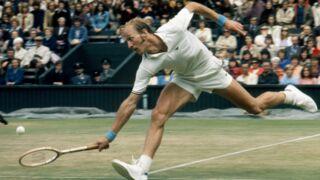 Que devient le tennisman Stan Smith, pour qui Adidas a crée un modèle de chaussure toujours tendance ?
