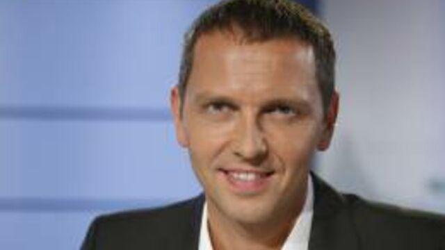Le patron de M6 invité de Thomas Hugues