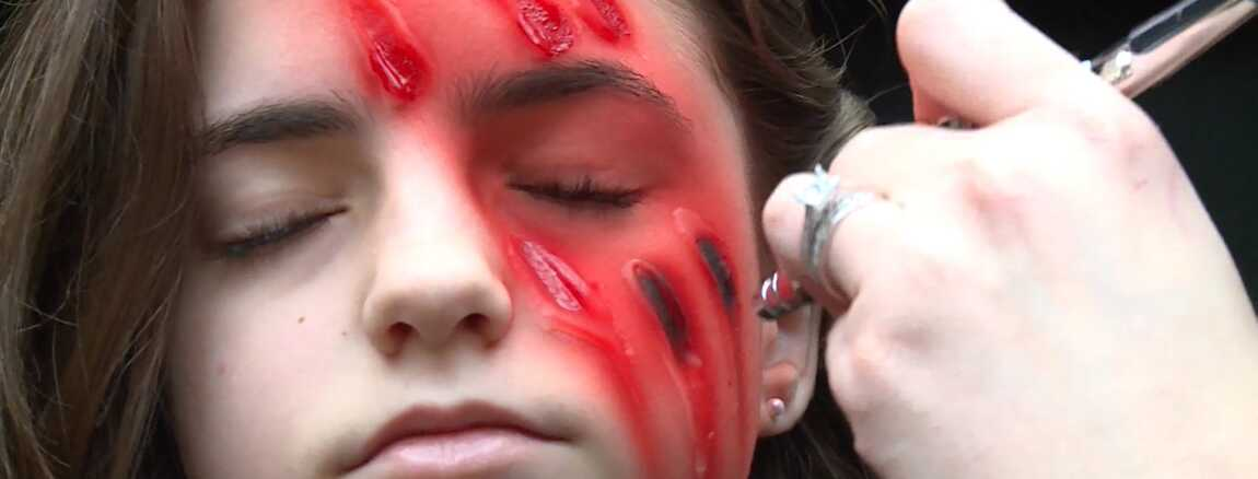 sang, maquillage, latex : les secrets de fabrication de the walking