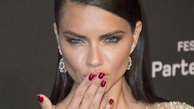 Adriana Lima s'est mariée mais ce n'est pas ce que vous croyez... (PHOTO)