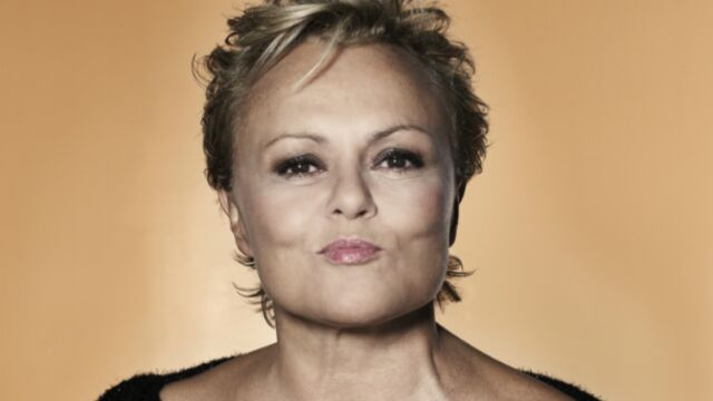 Muriel Robin, en tournage pour France 3 et à l'honneur sur France 2