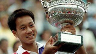 Que devient le tennisman Michael Chang, ex-vainqueur de Roland Garros ?