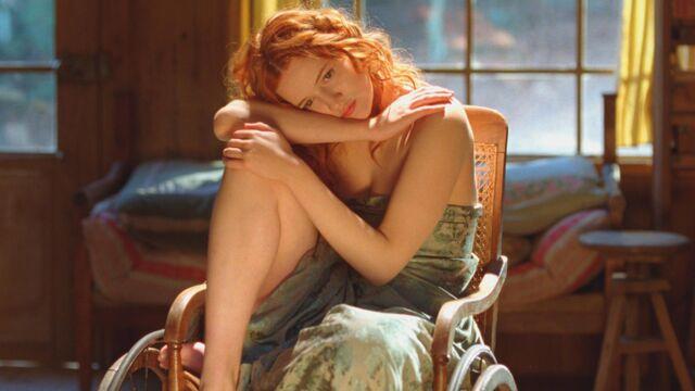 L'actrice du dimanche : Christa Theret, modèle artistique dans Renoir sur France 2 (17 PHOTOS)