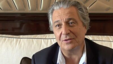 """Le Grimoire d'Arkandias (France 4) : Christian Clavier en magicien """"inquiétant et bordélique"""" (VIDEO)"""