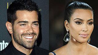 Kim Kardashian et Jesse Metcalfe dans la saison 4 de 2 Broke Girls