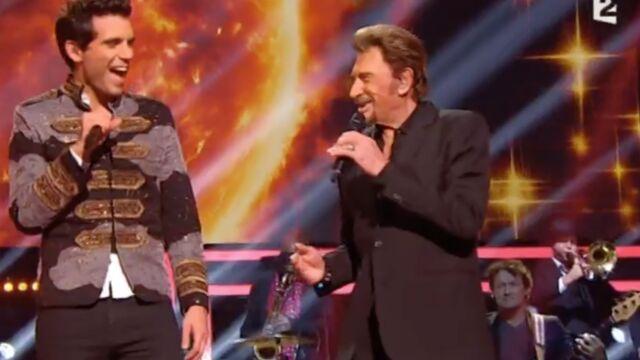 Louane émue, Mika stressé, Adele malade… au Grand Show de Johnny Hallyday (VIDÉOS)