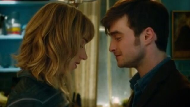 Daniel Radcliffe amoureux de Zoe Kazan (VIDEO)