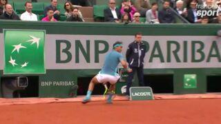 Roland-Garros : Le coup magique de Rafael Nadal entre les jambes ! (VIDEO)