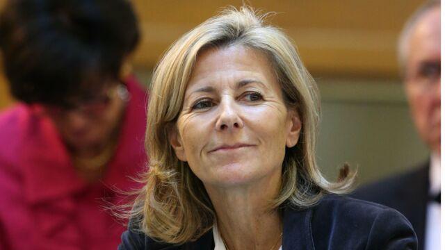 Claire Chazal : va-t-elle vraiment gagner près de 45 000 euros par mois sur France 5 ?