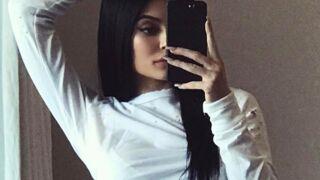 Kylie Jenner, à nouveau accusée de photoshopper ses photos