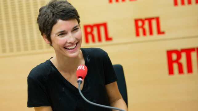 eglantine em y rejoint rtl radio t l 2 semaines. Black Bedroom Furniture Sets. Home Design Ideas
