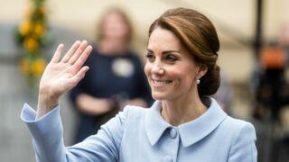 Kate Middleton, obligée de s'habiller comme le veut la Reine ! (11 PHOTOS)