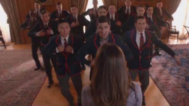 Glee chante plus fort que jamais pour son retour (VIDEOS)