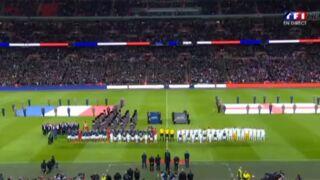 Attentats à Paris : La Marseillaise chantée en choeur par les équipes de France, d'Angleterre et les supporters (VIDEO)