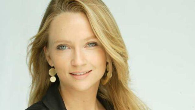 D8 : Adrienne de Malleray remplace Daphné Roulier au JT