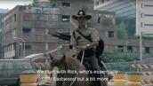 The Walking Dead : les 6 saisons résumées de façon très drôle par John Cleese (VIDEO)