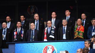 """""""Moi, footballeur""""... Le monde du foot réagit aux propos de François Hollande"""
