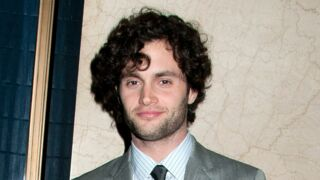 Penn Badgley de Gossip Girl a bien changé ! Découvrez sa transformation (surprenante) (PHOTOS)
