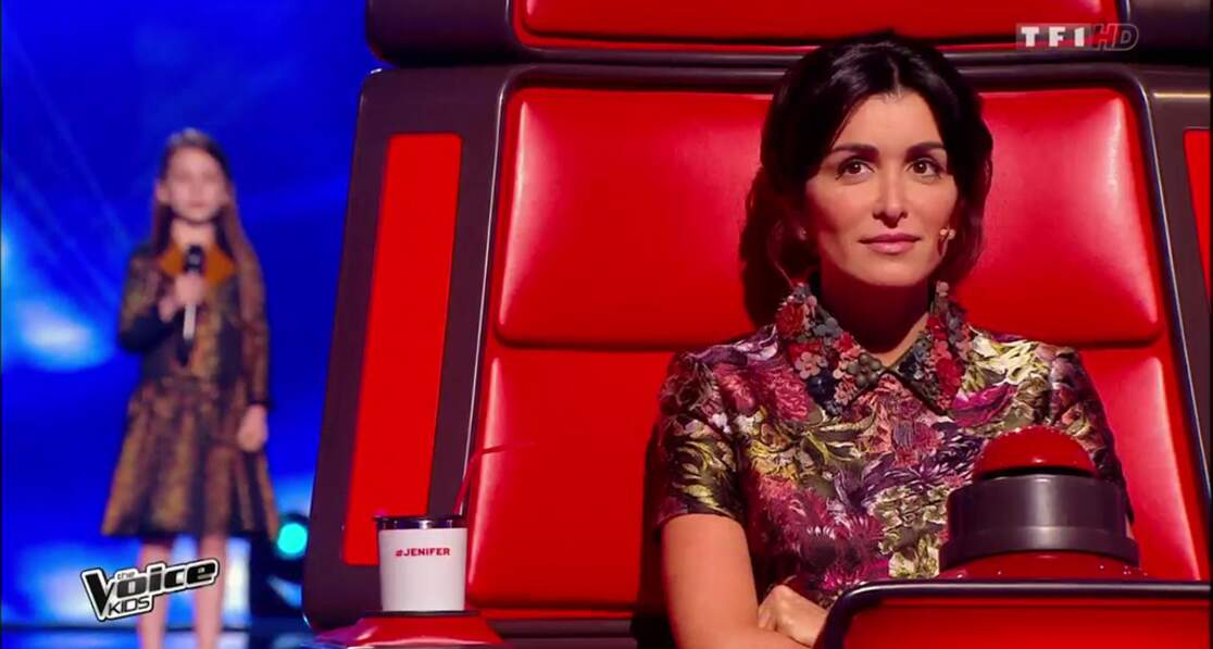 Jenifer à 32 ans, lors de la 2e saison de The Voice Kids