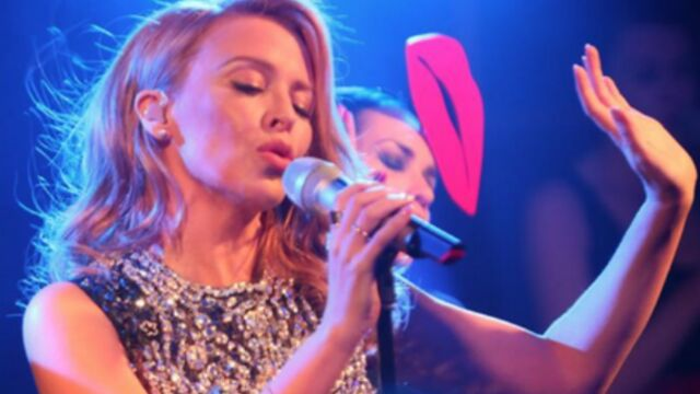 CANNES 2014 : torride, Kylie Minogue fait fondre la glace ! (PHOTOS)
