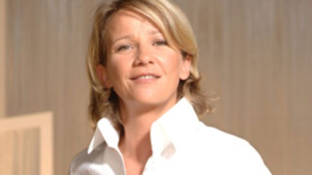 Ariane Massenet à la tête du Grand Journal le 8 mars