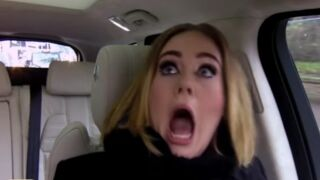 Adele : elle reprend les Spice Girls et Nicki Minaj… Et c'est très drôle ! (VIDEO)