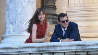 50 Nuances plus sombres : Dakota Johnson et Jamie Dornan sont à Paris ! (8 PHOTOS)