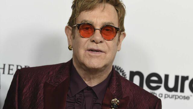 Hospitalisé en urgence, Elton John annule ses concerts