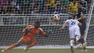 Football : Le gardien Sammy Ndjock aurait-il signé le pire but contre son camp de l'année ?