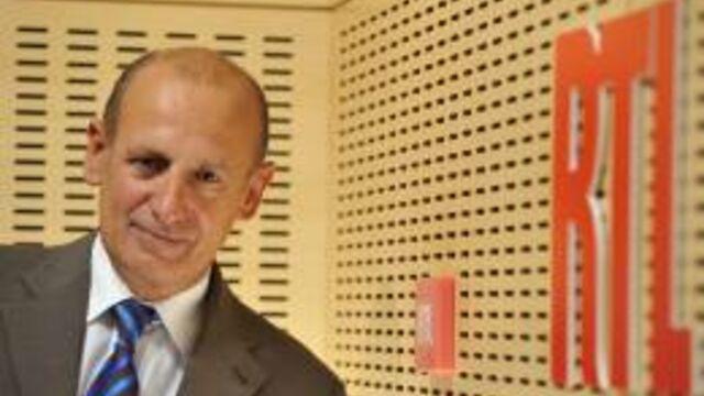 """Jean-Michel Aphatie : """"La méthode de Vincent Peillon est scandaleuse"""""""
