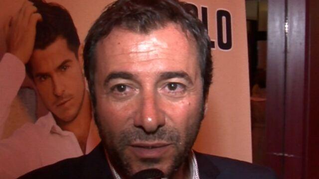 L'été de... Bernard Montiel au Pyla-sur-Mer (VIDEO)